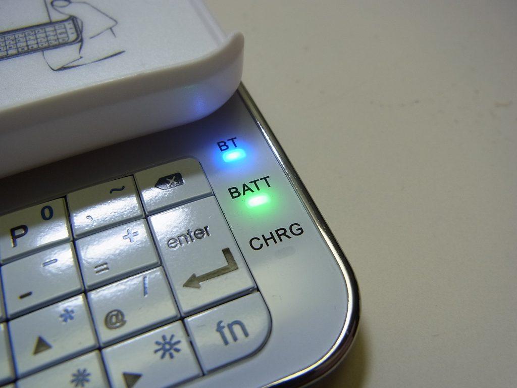 iphone-keyboardcase3