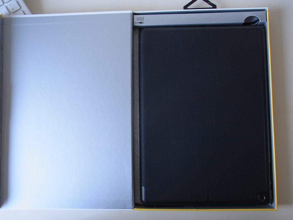 zagg-folio4