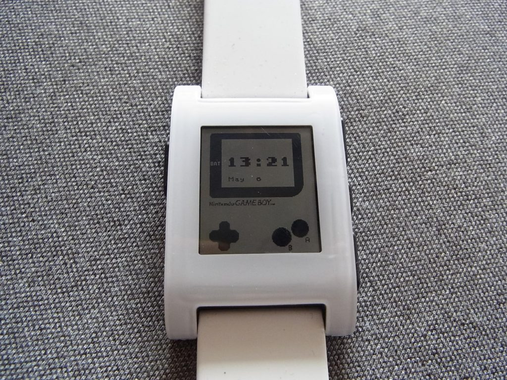 【Pebble】いつも腕にゲームボーイを。『GAMEBOY FOR PEBBLE』