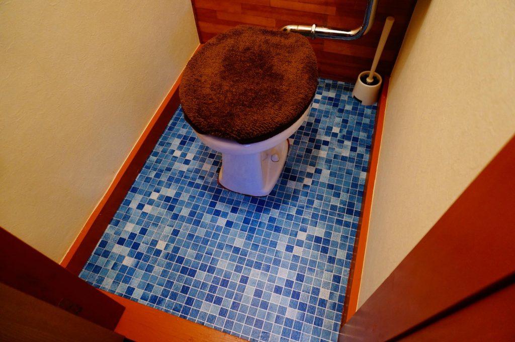 100-remake-restroom6