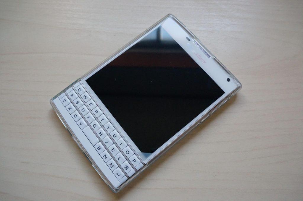 【BlackBerry Passport】日本アマゾンで買えるTPUケース購入レビュー
