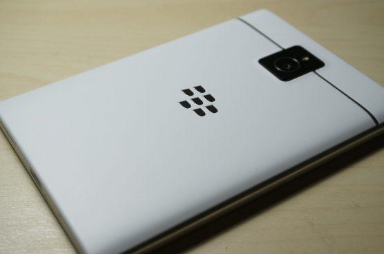 blackberry-passport3
