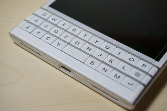 blackberrypassport-review5