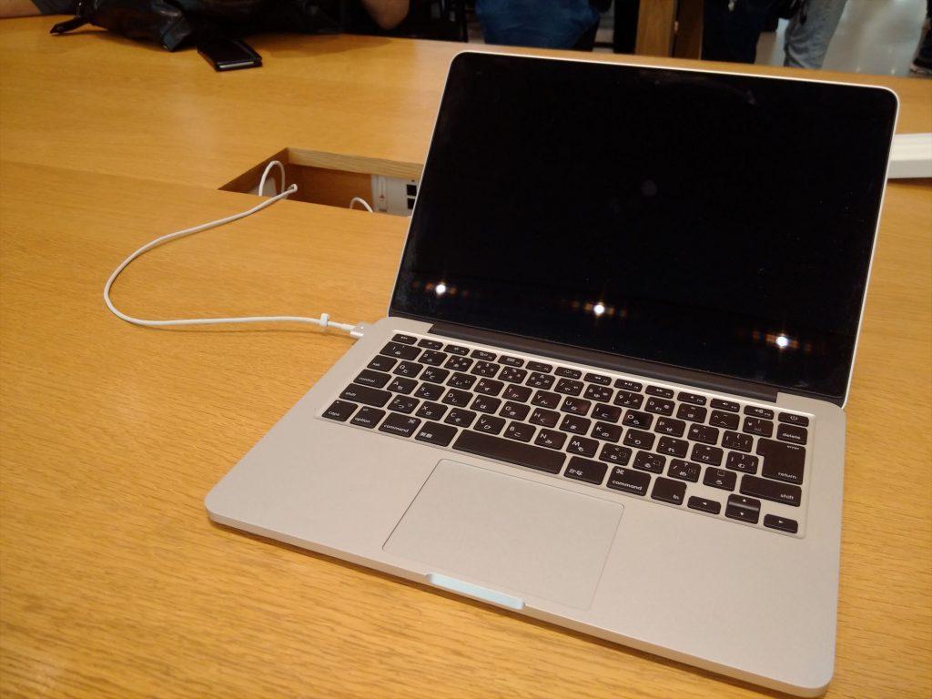 MacBook Retina画面コーティング剥がれ交換修理レポ! AppleCare期間外&中古品でも無償