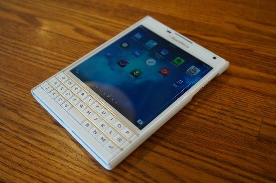 blackberry-passport-blogger3