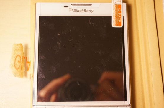 blackberry-passport-glass5