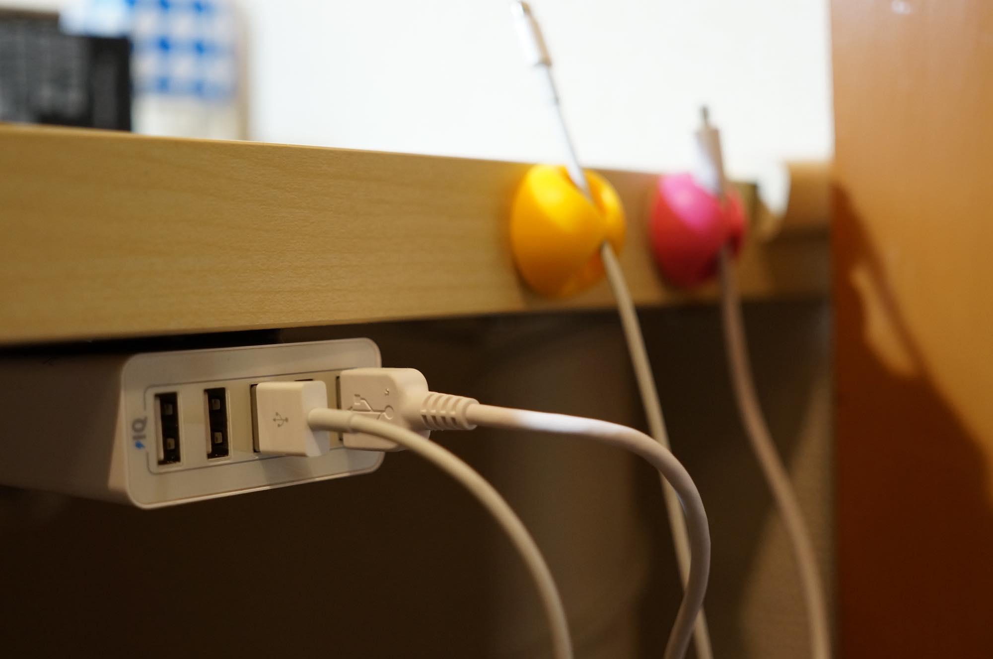desk-code8