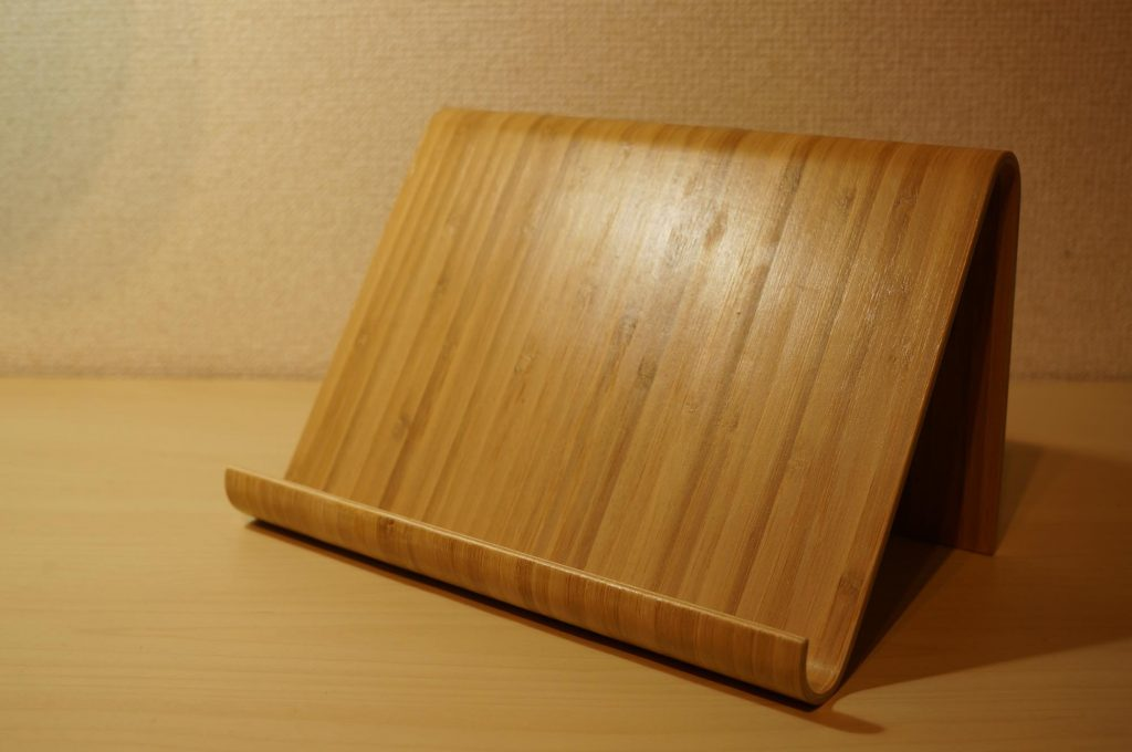 ikea-tablet-stand2
