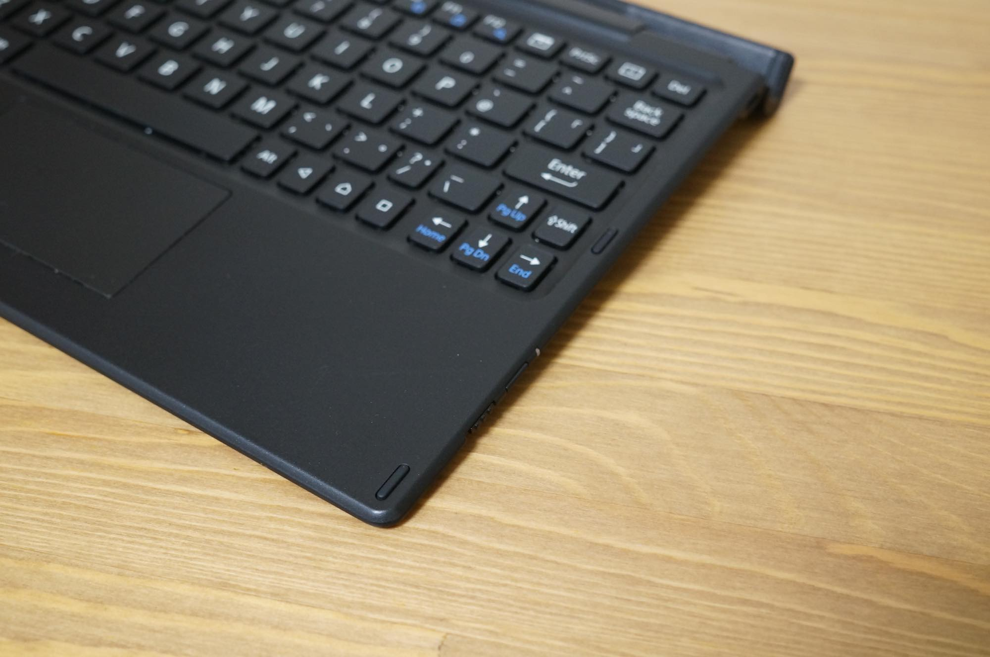 Xperia-Z4-tablet-keyboard8