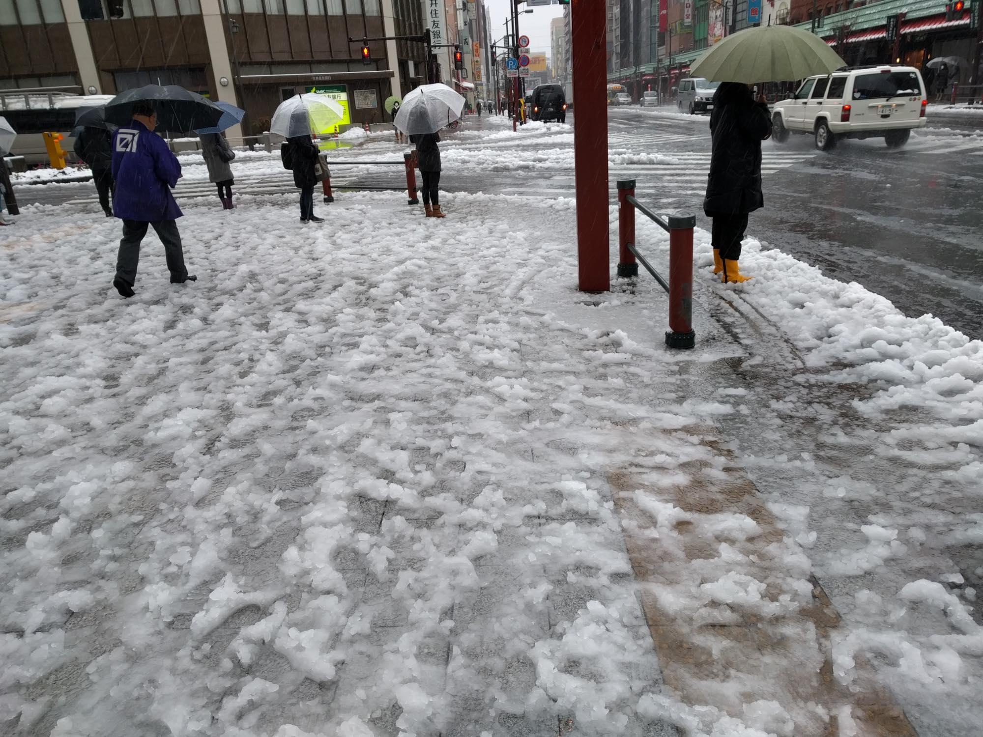 footwear-snowing2