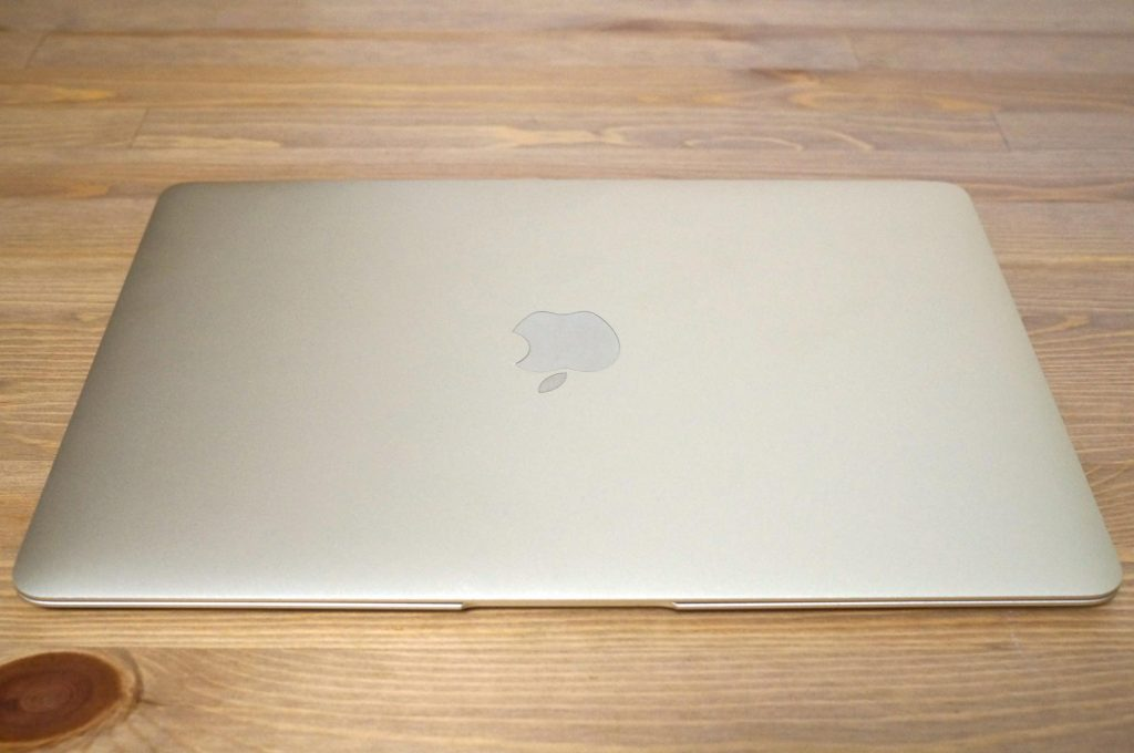 macbook-122