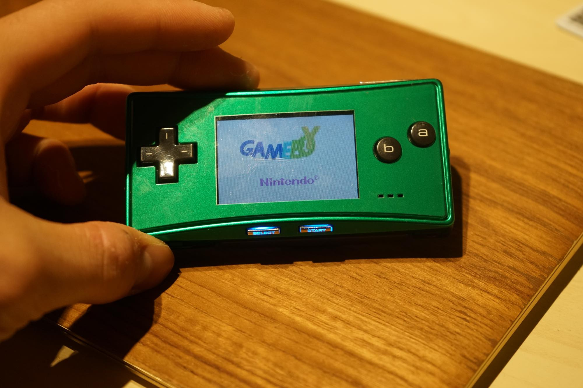gameboy-micro-green12