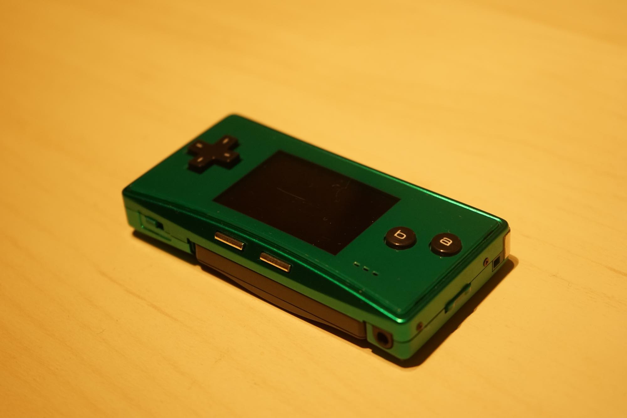 gameboy-micro-green14