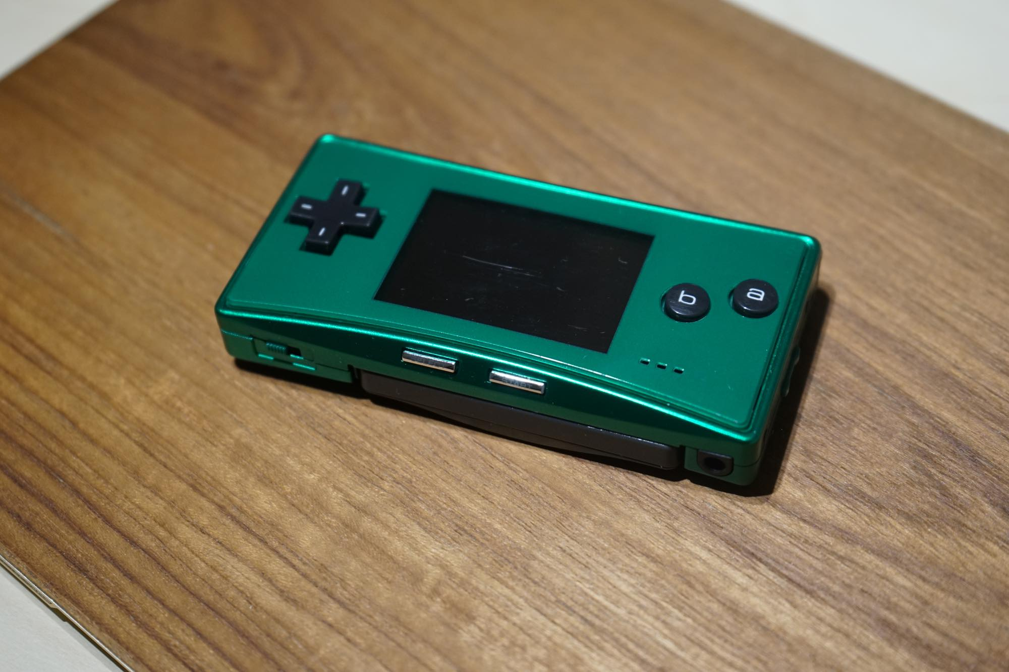 gameboy-micro-green6