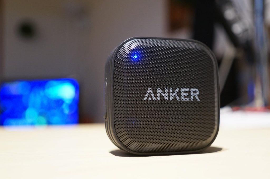 旅行やアウトドアに!Anker の 防水 Bluetooth スピーカー「SoundCore Sport」レビュー。