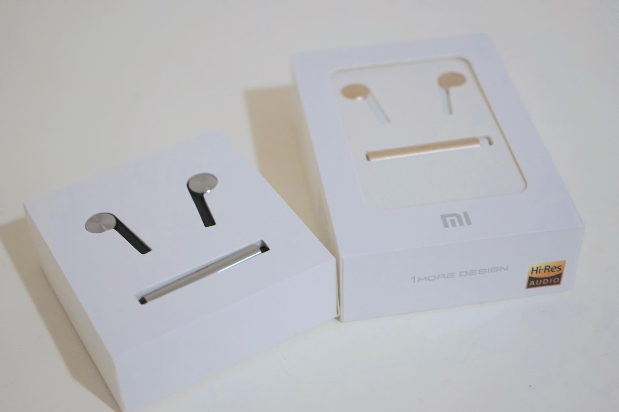 th_Mi-In-Ear-Headphones-Pro1