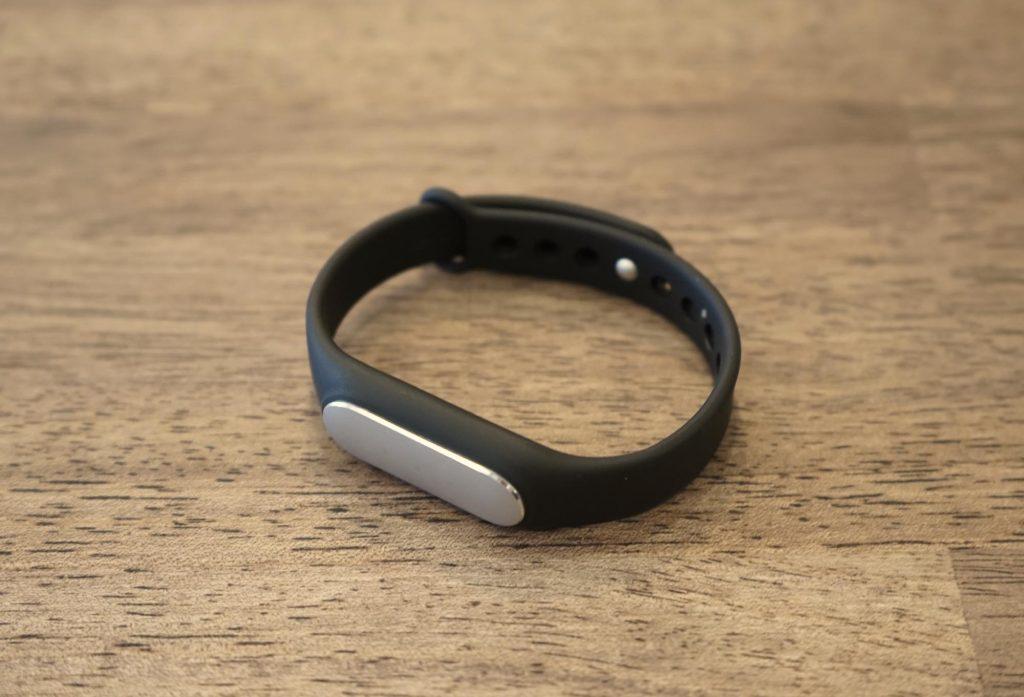 小米(Xiaomi)のウェアラブルデバイス「Mi Band」レビュー:端末編