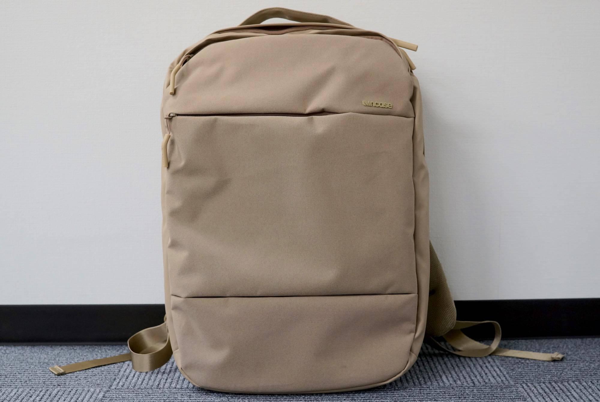 incase-city-collection-compact8