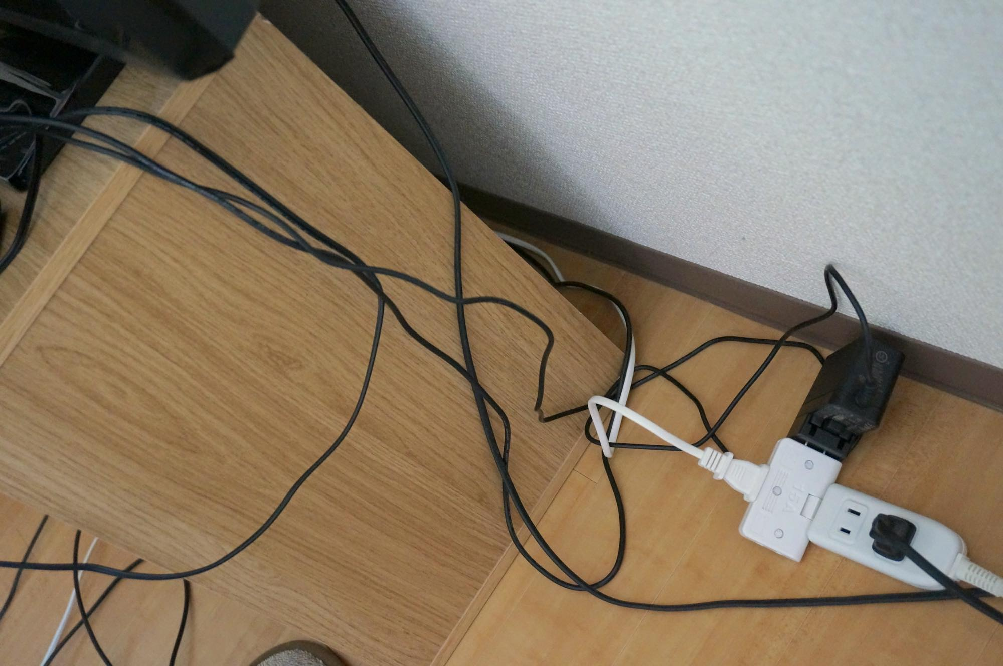 tv-cables1