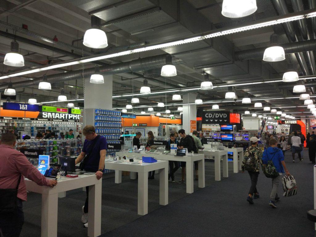 ドイツの家電量販店「MediaMarket」と「SATURN」行ってきたのでレポ!営業時間やアクセスなど
