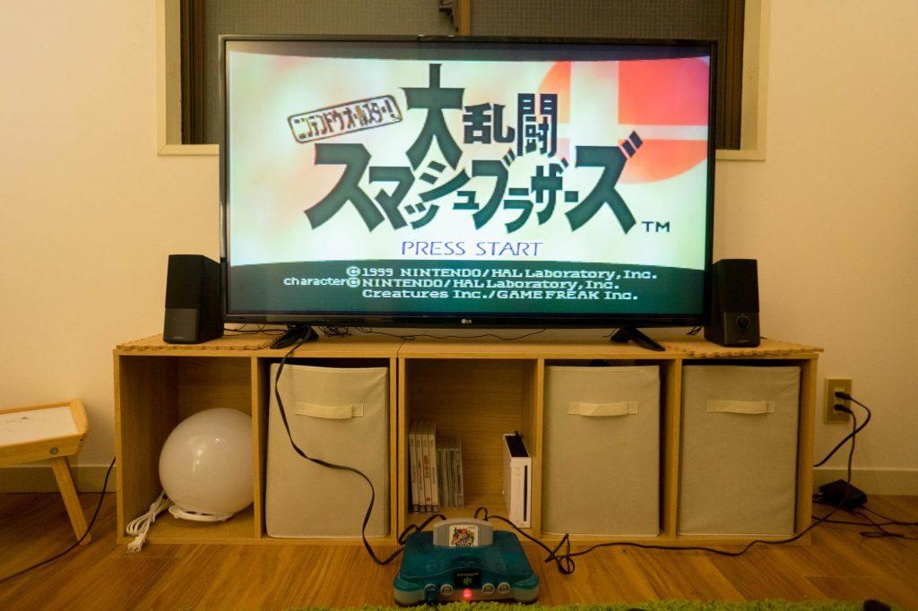 一人暮らしホームシアター①:LG の49インチテレビ購入。6畳に50インチ級のTVを設置した感想など