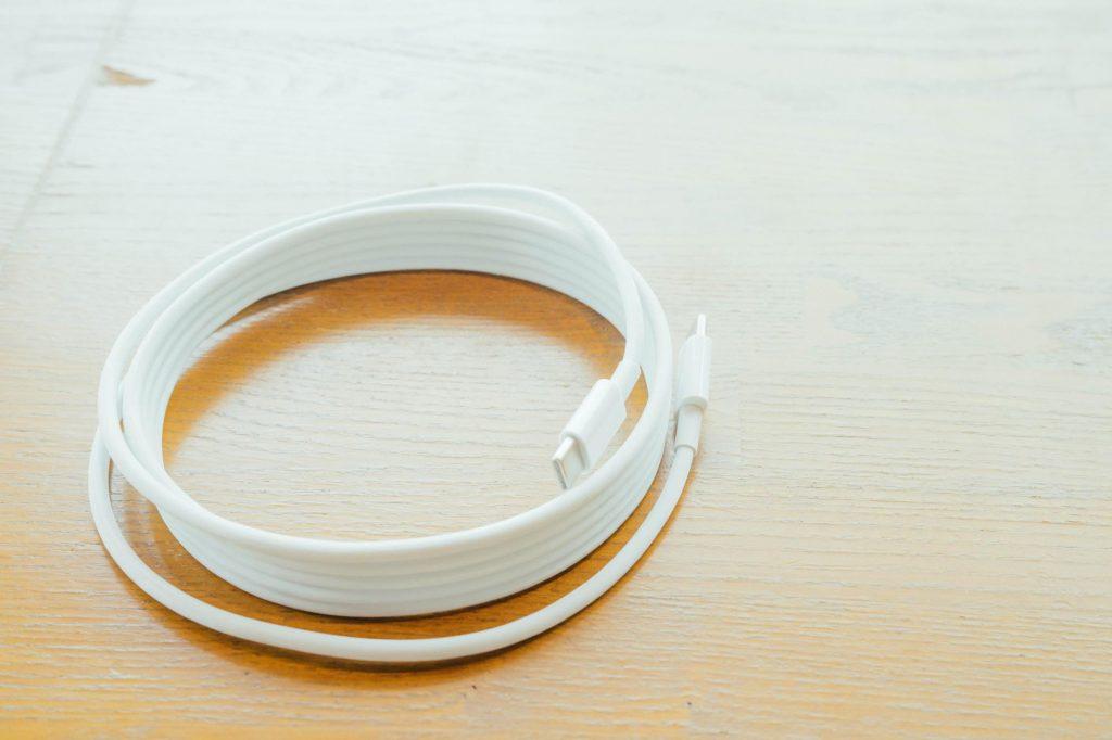 【MacBook】充電用のUSB Type-C ケーブルは結局のところ純正が一番安上がりという話