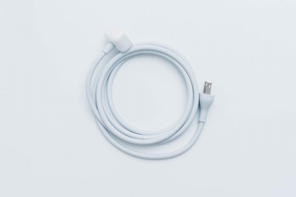 旅行や帰省に MacBook Pro 用『電源アダプタ延長ケーブル』を購入。USB Type-C の ACアダプタで使える