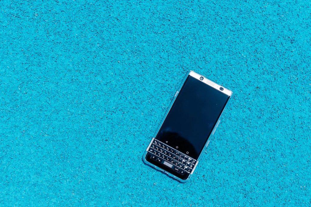 BlackBerry KEY2 が欲しいはなし。物理キーボードでポチポチメモしたい