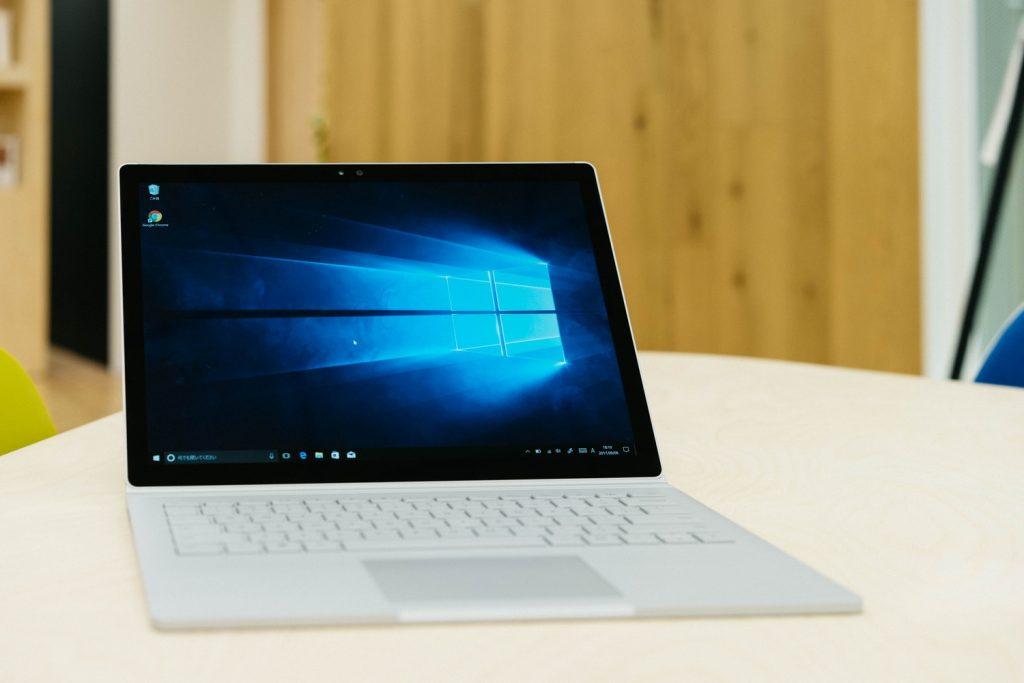 【ご報告】『Polca』で支援いただいたお金で、今後の活動のために Surface Book を買いました。