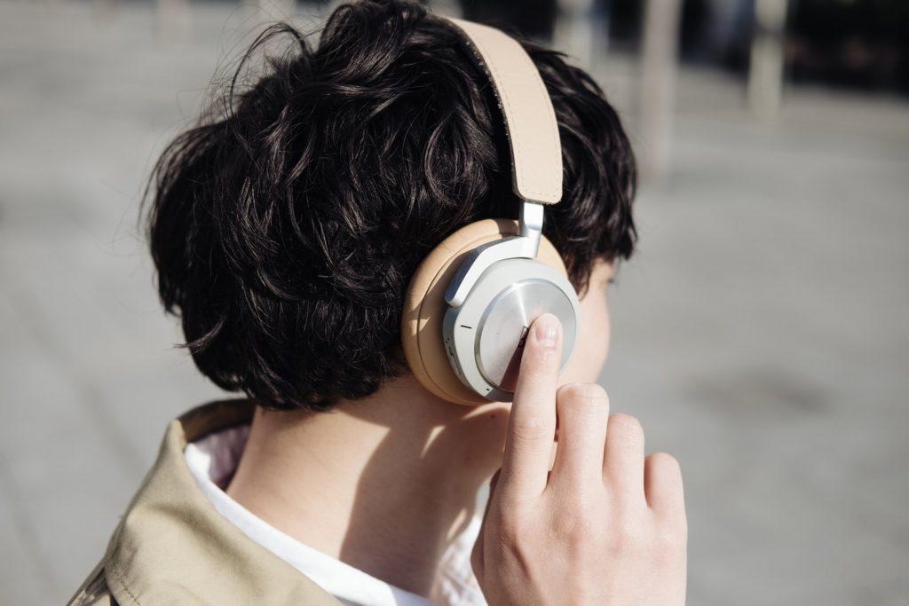 ナチュラルでお洒落。デザインと機能性を両立したノイズキャンセリングヘッドホン『Beoplay H9i』レビュー[PR]