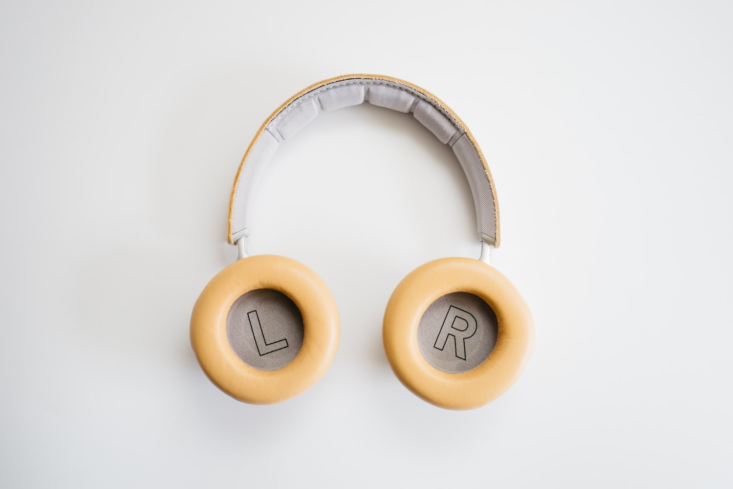Beoplay H9i の内側