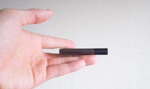 SAMSUNG(サムスン)のSSD-T3の薄さ