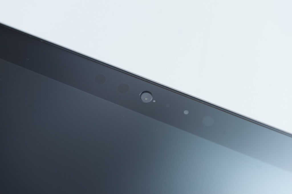 これなら間違いない。『Surface Go』にオススメしたいガラスフィルムをレビュー