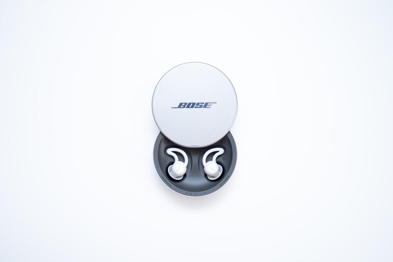 Bose(ボーズ)の睡眠時専用イヤホン『BOSE NOISE-MASKING SLEEPBUDS』の本体