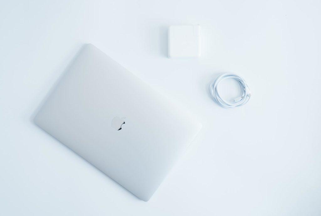 お久しぶりです、MacBook。15インチモデルを買った感想