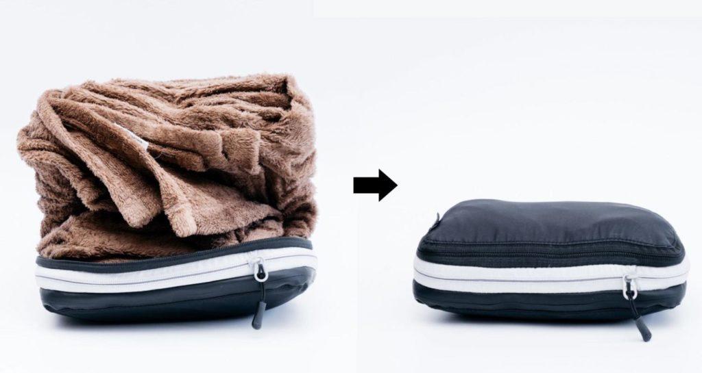 かさばる衣類を約半分に。旅に必携のファスナー式圧縮袋レビュー[PR]