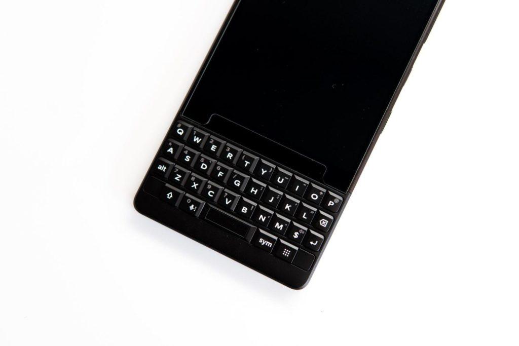 BlackBerry KEY2を買いました