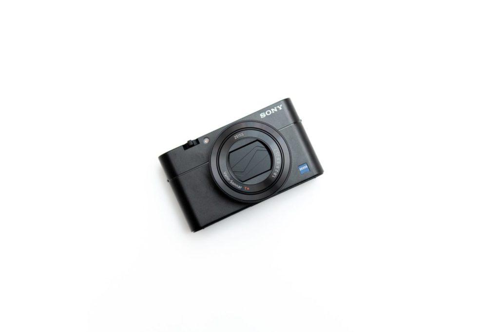 RX100シリーズで一番バランスが良いと思う……!ソニーのコンデジ『RX100M5A』|買ったモノ