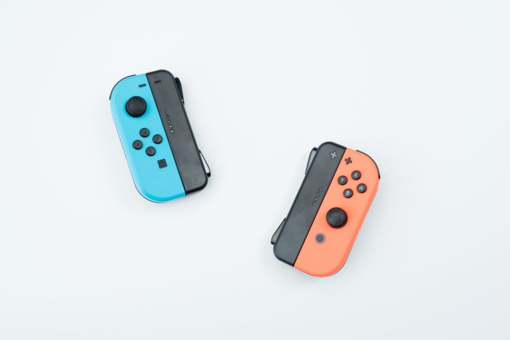 SwitchのジョイコンをUSB Type-Cで充電できるようにするグリップが最高!|買ったモノ